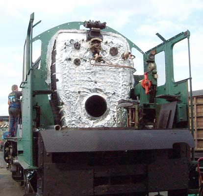 The backhead with the foil in place along with some of the backhead fittings and lubrication atomising steam pipework from the W valve back in place. May 23 2004 © Colin Henderson.