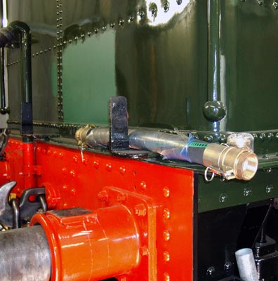 Also now in stock is the hose connection which will connect the tender to the water wagon's water pipe. August 07 2004