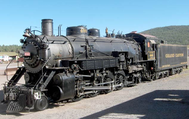 Grand Canyon Railway 4960 on a day off. September 14 2005 © Sam Lanter