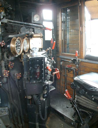 The driver's (engineer's) side of 4960's cab. Note the diesel multiple control stand just off centre of the photo. August 10 2005 © Nigel Day