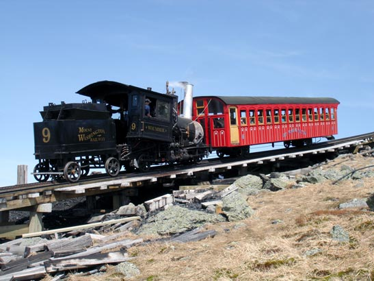 A hot and sunny day on the Cog. No.9, in liquid fuel configuration rests near the summit. 28 May 2006. © N.A.H. Day