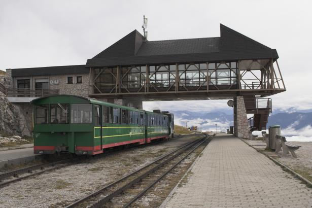The Schafberg summit station and train, with loco Z11. 19 October 2007. © Brian Bane