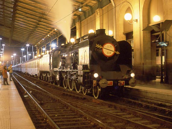 SNCF 231K8 shortly after arrival at Paris Nord. October 12 2002.