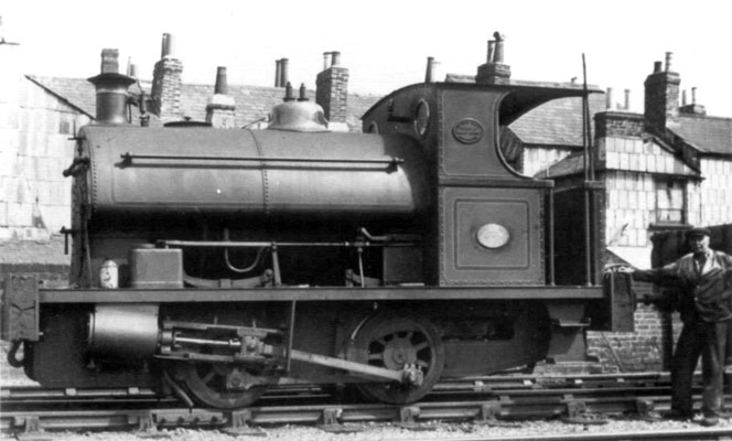 No.1375 of 1914. This locomotive was purchased by J.R Wood and Company of Southampton. it is shown on the Chapel Tramway in Southampton. Courtesy of Dave Marden