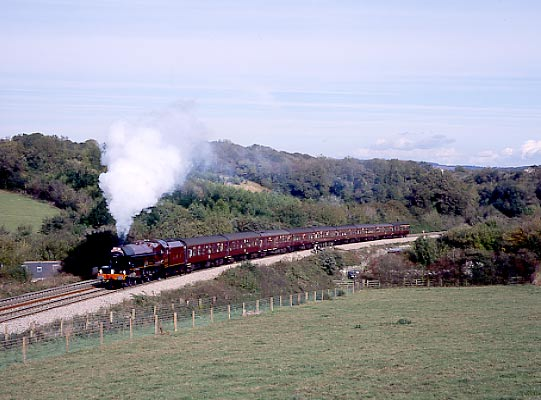 6201 Princess Elizabeth on Dainton Bank. October 19 2002